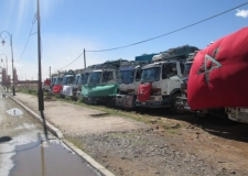 بعد دعوة الوزارة للقاء…النقابة الوطنية لقطاع النقل الطرقي للبضائع تعلق الإضراب الوطني