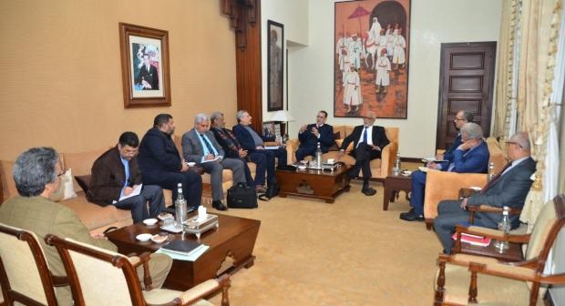 بلاغ : في لقاء مع وزير الداخلية الاتحاد يؤكد على ضرورة تجويد العرض الحكومي